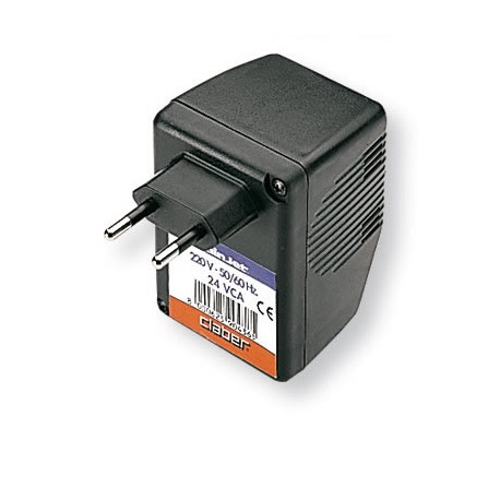 Plug transformer